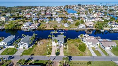 Hernando Beach Single Family Home For Sale: 4151 Diaz Court