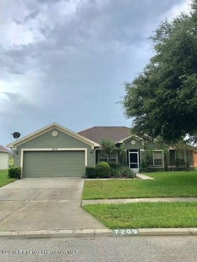 Brooksville Single Family Home For Sale: 7209 Periwinkle Court