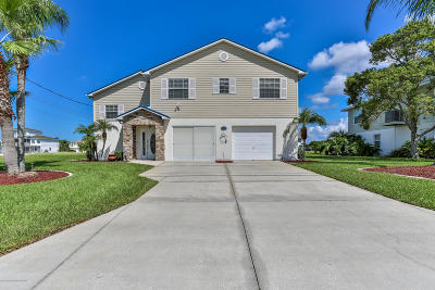Hernando Beach Single Family Home Active - Under Contract: 3511 Bluefish Drive