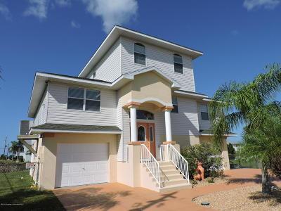 Hernando Beach Single Family Home For Sale: 3301 Scarlet Sage Drive