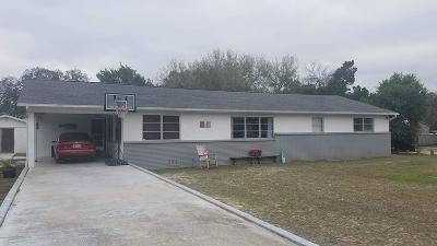 Weeki Wachee Single Family Home For Sale: 7140 Bayberry Drive