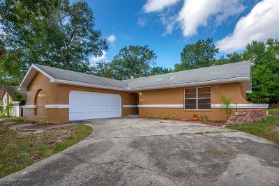 Weeki Wachee Single Family Home For Sale: 8453 Dirlenton Way