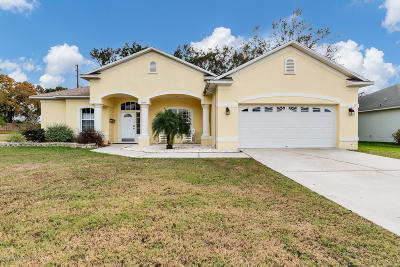 Brooksville Single Family Home For Sale: 15496 Saratoga Drive