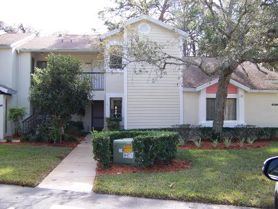 Weeki Wachee Condo/Townhouse For Sale: 9352 Nakoma Way