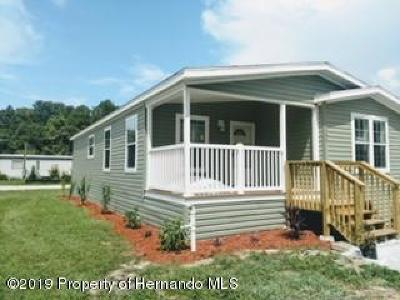 Weeki Wachee FL Mobile/Manufactured For Sale: $179,900