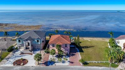Hernando Beach Single Family Home Active - Under Contract: 3114 Gulf Winds Circle