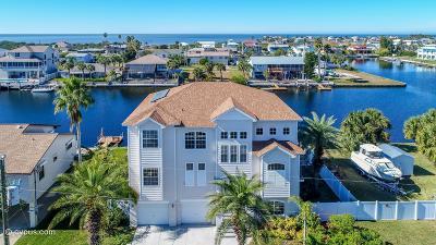 Hernando Beach Single Family Home Active - Under Contract: 4147 Daisy Drive