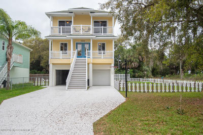 Hernando Beach Single Family Home For Sale: 5065 Oak Leaf Lane