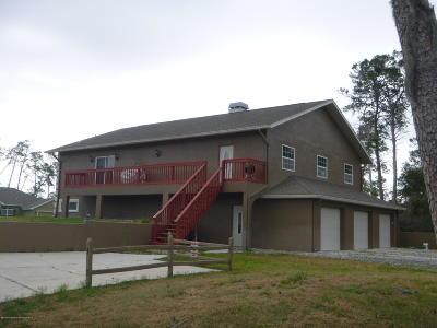 Weeki Wachee Single Family Home For Sale: 9428 Bluebird Avenue