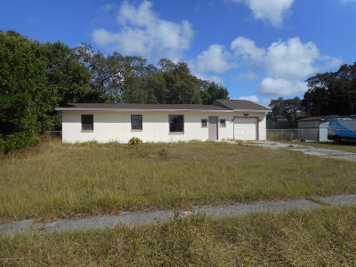 Spring Hill FL Single Family Home For Sale: $99,900