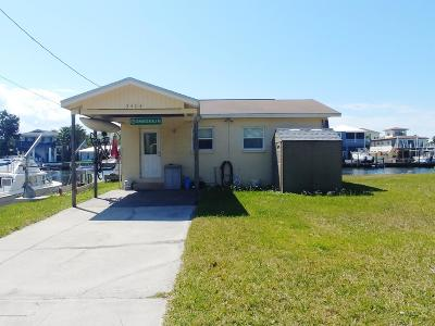Hernando Beach Single Family Home For Sale: 3484 Eagle Nest Drive