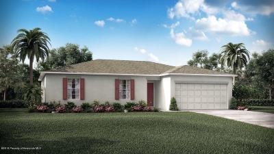 Weeki Wachee Single Family Home For Sale: 14480 Lelani Drive