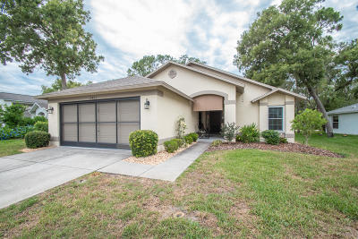 Spring Hill, Spring Hill(pasco), Springhill Single Family Home For Sale: 2401 Bent Pine Court