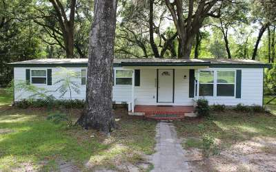 Lake City Single Family Home For Sale: 670 SE May Hall Terrace