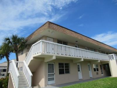 Marco Island Condo/Townhouse For Sale: 1062 Hartley Ave #206