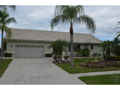 Marco Island Single Family Home For Sale: 968 Hunt Ct #6