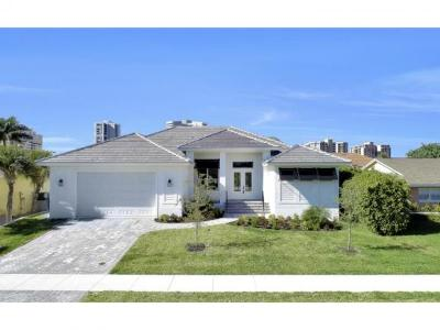 Marco Island Single Family Home For Sale: 190 Beachcomber St #7