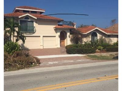 Marco Island Single Family Home For Sale: 281 N Barfield Dr #2