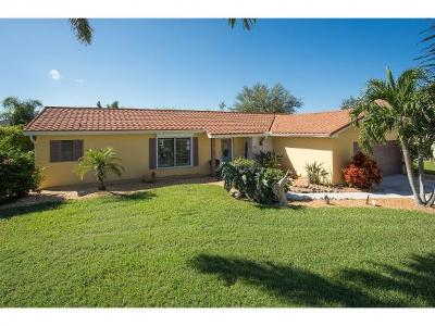 Marco Island Single Family Home For Sale: 1217 Bluebird Ave #3