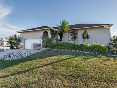 Marco Island Single Family Home For Sale: 739 Orchid Ct #10