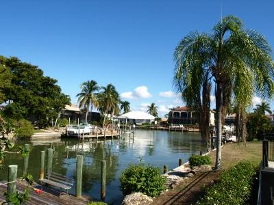 Marco Island Single Family Home For Sale: 1882 Honduras #2
