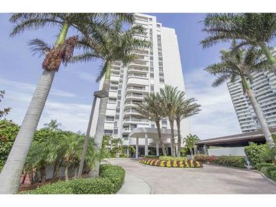 Royal Seafarer Condo/Townhouse For Sale: 300 S Collier Blvd #401