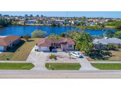Marco Island Single Family Home For Sale: 426 Yellowbird St #1