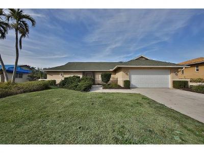 Marco Island Single Family Home For Sale: 108 Landmark St #7