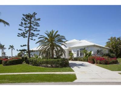 Marco Island Single Family Home For Sale: 720 S Barfield Dr #9