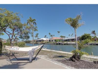 Marco Island Single Family Home For Sale: 321 Grapewood Ct #2