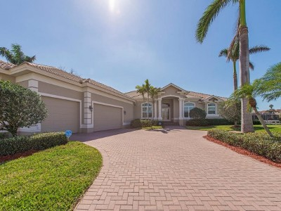 Marco Island Single Family Home For Sale: 1589 Caxambas Ct