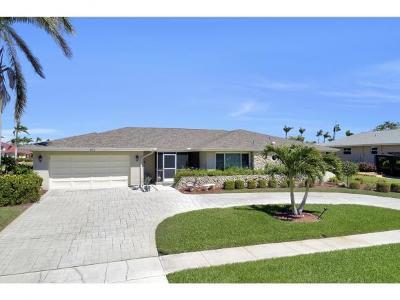 Marco Island Single Family Home For Sale: 213 Windbrook Ct #2