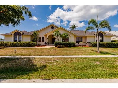Marco Island Single Family Home For Sale: 1782 N Bahama Ave #3
