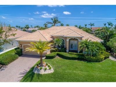 Marco Island Single Family Home For Sale: 121 Bonita Ct #6