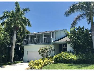 Marco Island Single Family Home For Sale: 951 Moon Ct #6