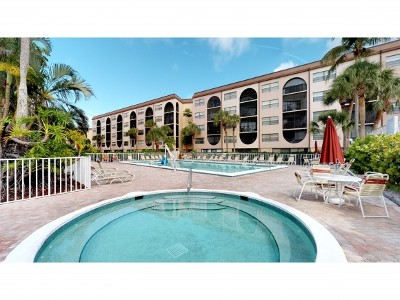 Marco Island Condo/Townhouse For Sale: 1031 Anglers Cv #306