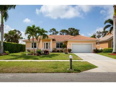 Marco Island Single Family Home For Sale: 1171 Bluebird Ave #4
