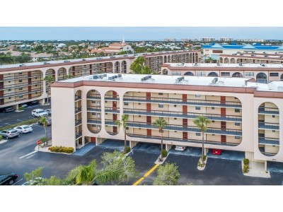 Marco Island Condo/Townhouse For Sale: 1011 Anglers Cv #502