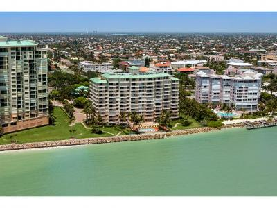 Marco Island Condo/Townhouse For Sale: 990 Cape Marco Dr #206