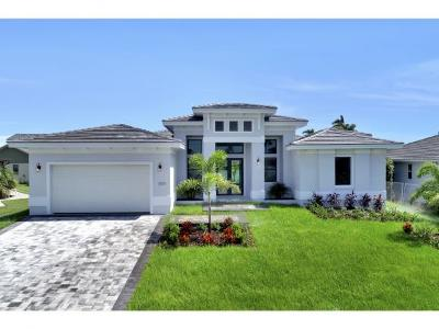 Marco Island Single Family Home For Sale: 1889 Bahama Ave #2
