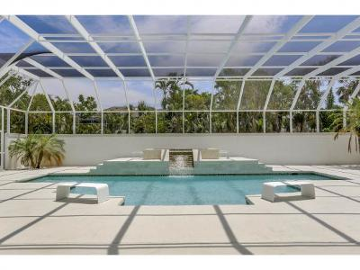 Marco Island Single Family Home For Sale: 621 S Barfield Dr #9
