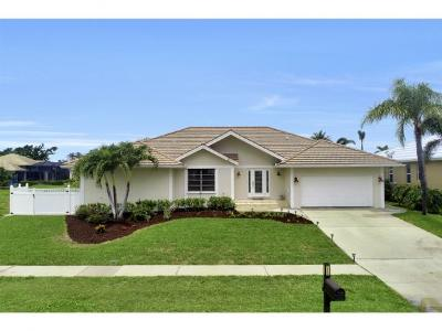 Marco Island Single Family Home For Sale: 1850 Woodbine Ct #2
