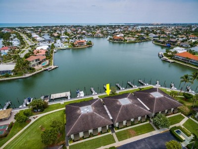 Marco Island Condo/Townhouse For Sale: 549 Seaview Ct #1