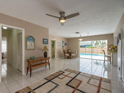 Marco Island Single Family Home For Sale: 1245 N Collier Blvd