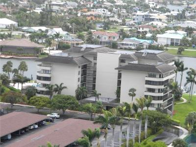 Marco Island Condo/Townhouse For Sale: 591 Seaview Ct #102