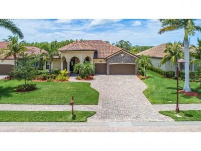 Naples Single Family Home For Sale: 9449 Italia Way