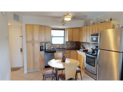 Marco Island Condo/Townhouse For Sale: 1012 Anglers Cv #D403