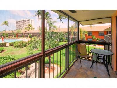 Mariner Apts Marco Island Condo/Townhouse For Sale: 32 Greenbrier St #3-203