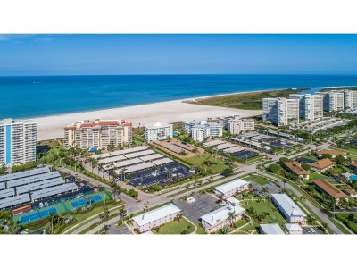 Marco Island Condo/Townhouse For Sale: 180 Seaview Ct #713