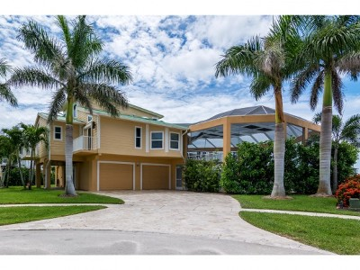 Marco Island Single Family Home For Sale: 415 Swiss Ct #23